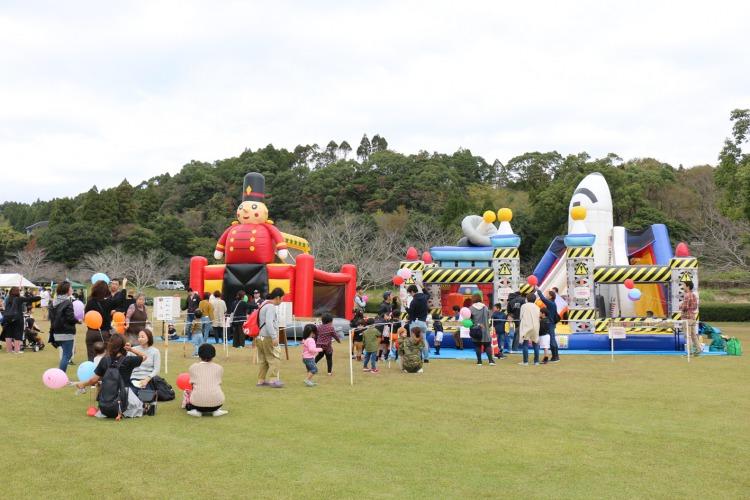 :楽縁祭:使用予定画像:ふわふわコーナーS.jpg