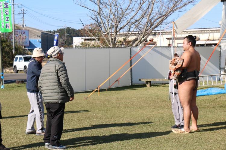:陸奥部屋新富合宿2019:ファンサービス.JPG